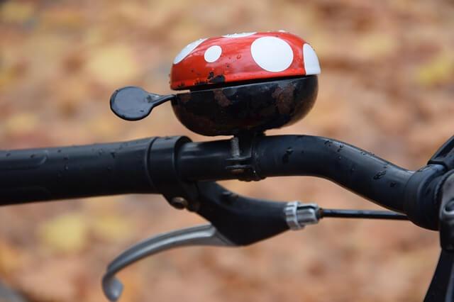 Miért is kötelező a kerékpár csengő?